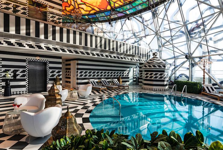 Rise - 3 / Mondrian Doha Hôtels de style éclectique par Sia Moore Archıtecture Interıor Desıgn Céramique éclectique