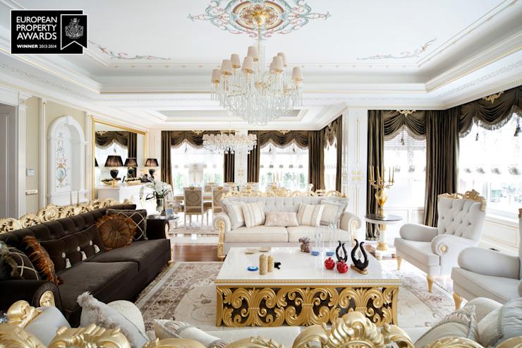 Living Room - 2 / Bosphorus City Villa Salon de style classique par Sia Moore Archıtecture Interıor Desıgn Effet bois classique