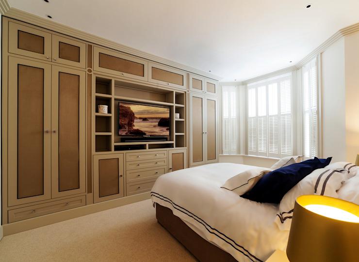 Chambre à coucher Chambre à coucher de style moderne par Prestige Architects Par Marco Braghiroli Modern