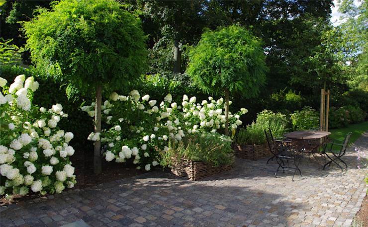 Jardin de style champêtre de Riesop Landschaftsarchitektur GmbH Country