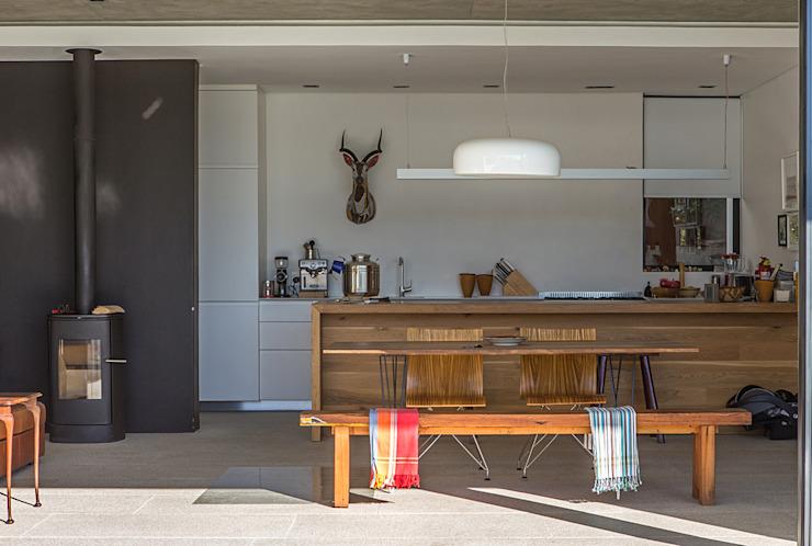 Salle à manger minimaliste de Grobler Architects Minimalist