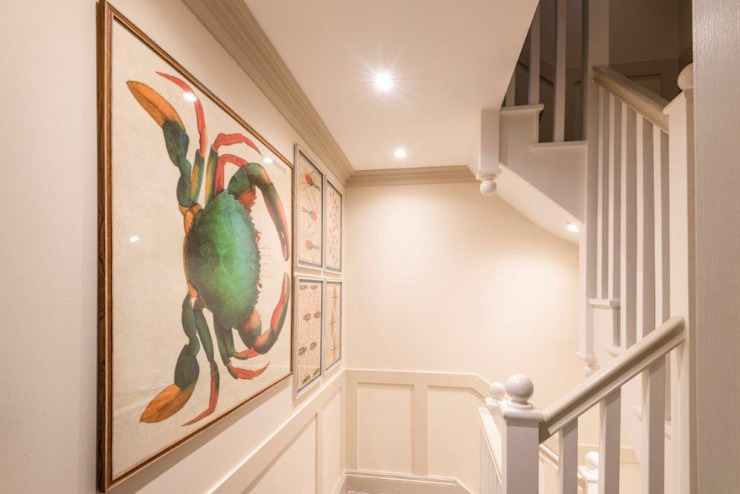 Rénovation de Knightbridge Couloir, couloir et escaliers de style classique par Prestige Architects Par Marco Braghiroli Classic