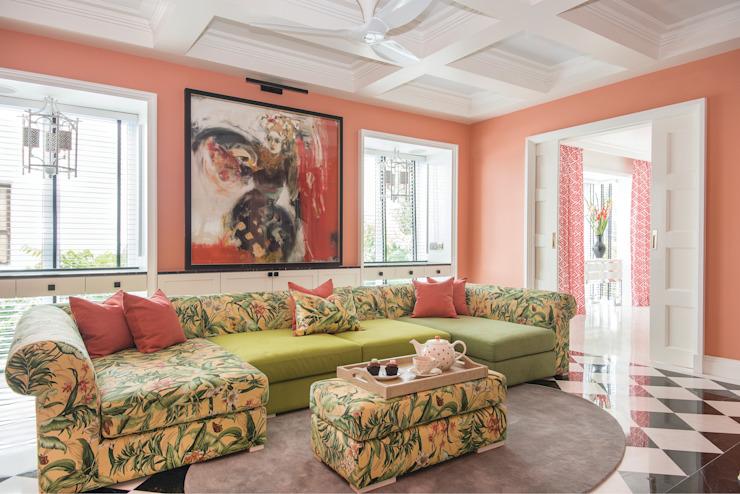 Corail dans le salon Salon Salon moderne par Design Intervention Modern