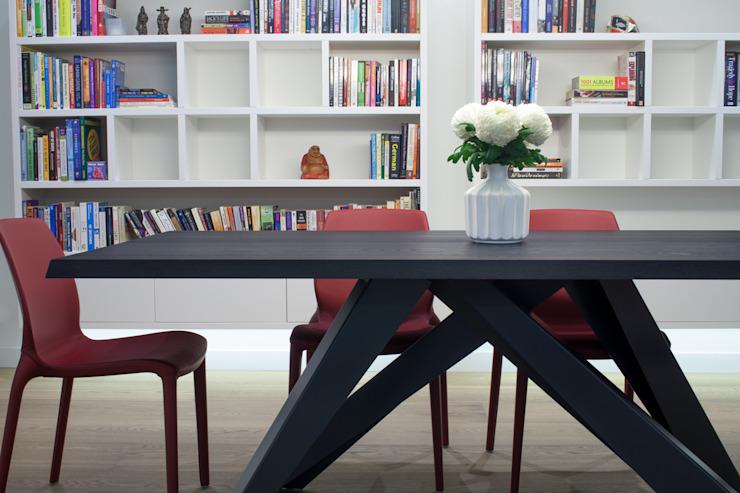 canalside flat : camden Minimalist dining room par Cassidy Hughes Interior Design Minimalist