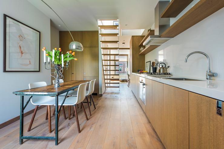 Cuisine et salle à manger Cuisine minimaliste par Deirdre Renniers Design d'intérieur minimaliste