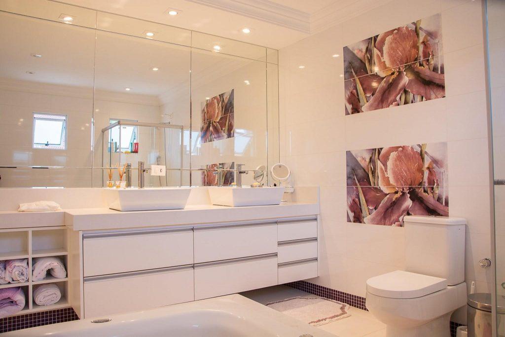 Économiser efficacement l'espace des salles de bains