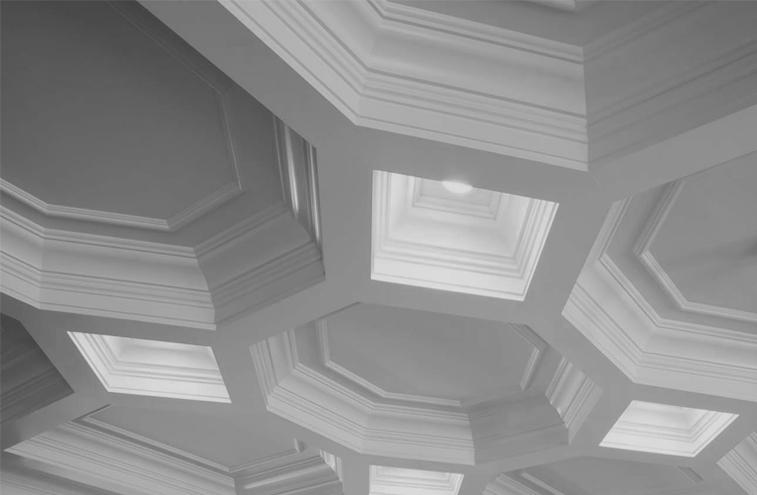 Plafond caissonné géométrique