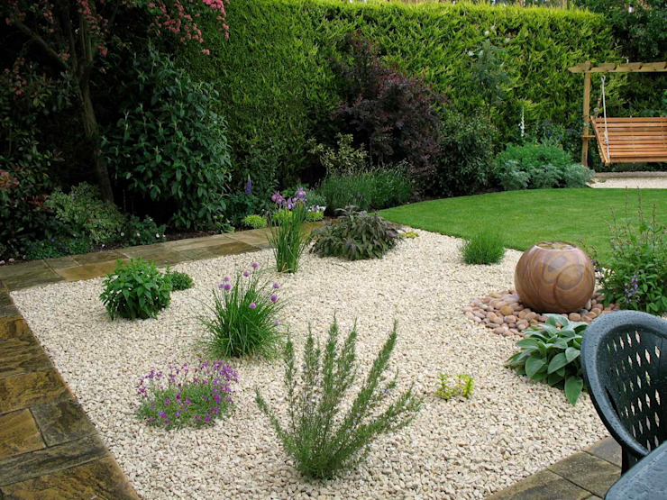 Zone de jardin de gravier et d'eau Jardin de style méditerranéen par Jane Harries Garden Designs Mediterranean
