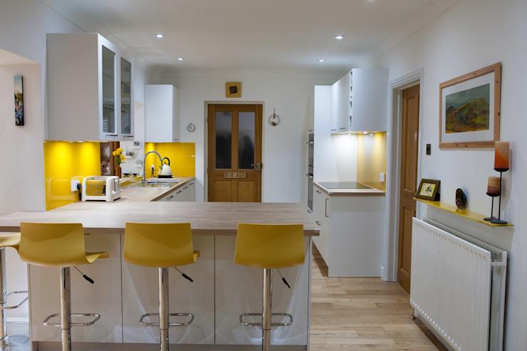 Mr & Mrs Waite Cuisine moderne par Kreativ Kitchens Modern