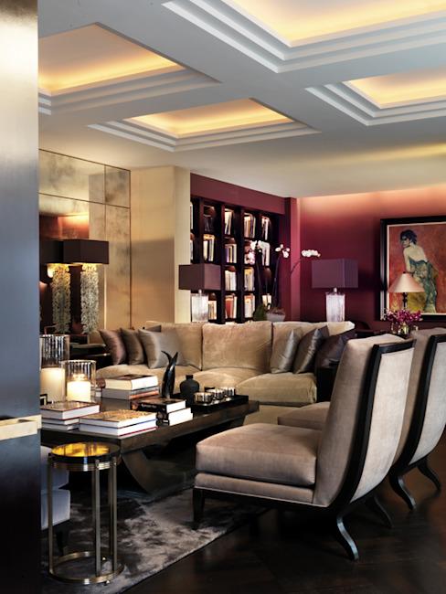 Salon Salon de style classique par Janine Stone Design Classique en bois massif multicolore