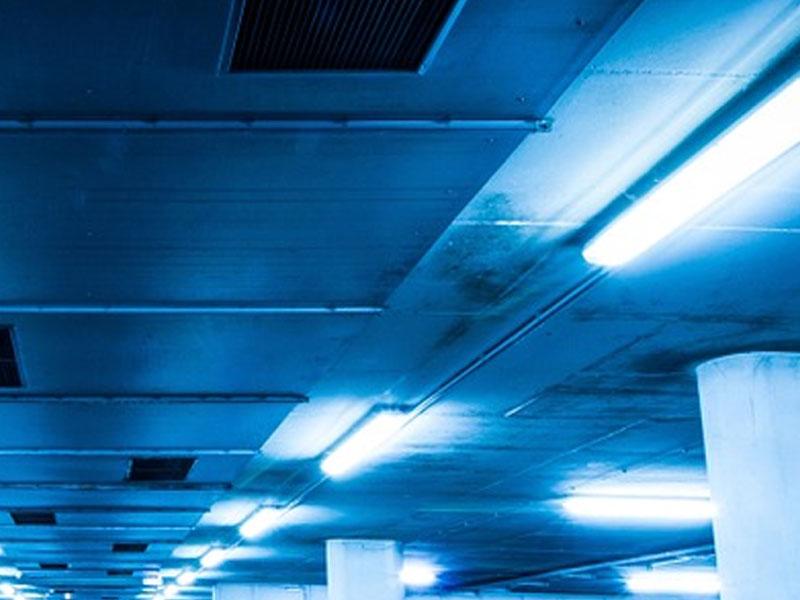 Idées d'éclairage de garage avec un design populaire