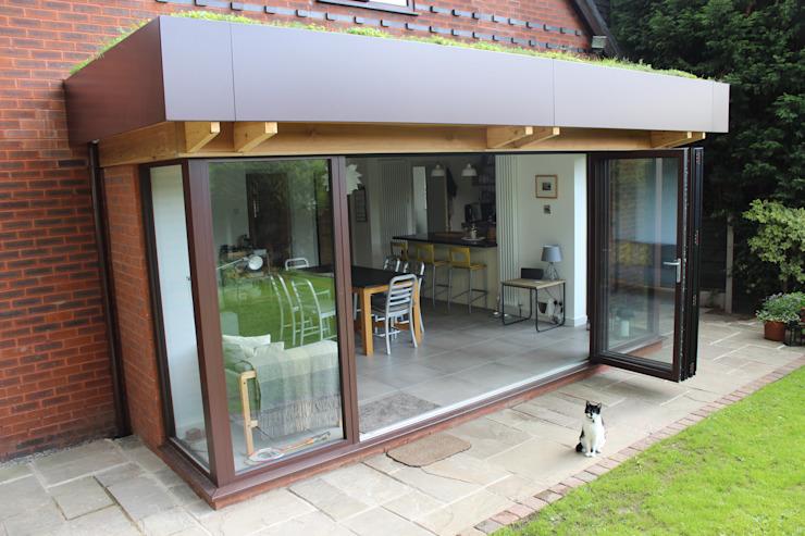 Extension arrière : moderne par Phi Architects, Moderne