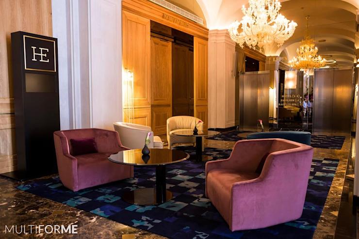 Salle d'attente des hôtels Classic par MULTIFORME® lighting Classic