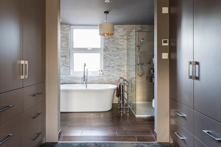 Salle de bains moderne par Resi Architects à Londres Modern