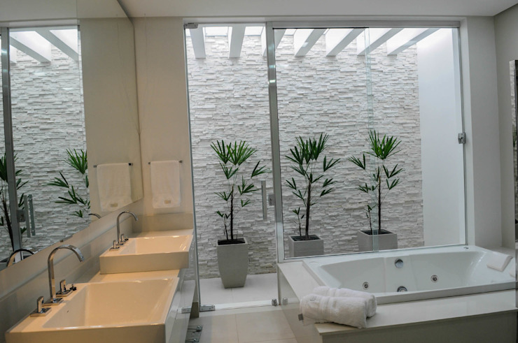 Salle de bain moderne par A/ZERO Arquitetura Modern