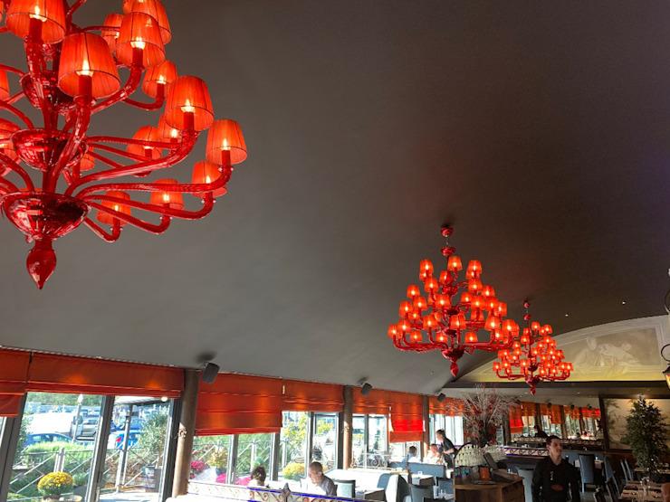 Restaurant, Belgique, avec salle à manger de style Coco Classic par MULTIFORME® lighting Classic