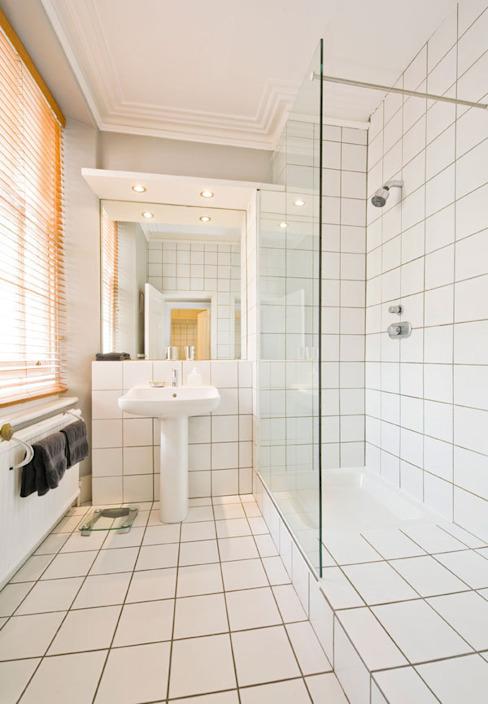 Shower Room Modern salle de bain par 4D Studio Architects and Interior Designers Modern