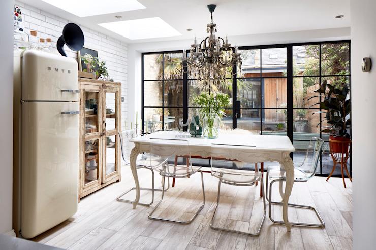 Extension de la maison Salon moderne par l'urbaniste Architecture moderne Effet bois