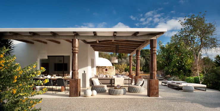 Terrasse de style méditerranéen, balcon, véranda et terrasse par TG Studio Méditerranée