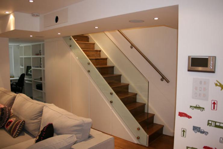Notting Hill Apartment Couloir, couloir et escaliers de style éclectique par 4D Studio Architects and Interior Designers Eclectic