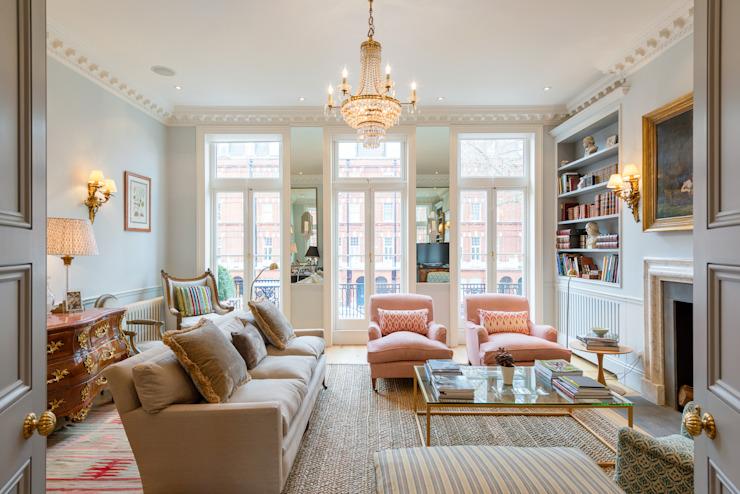 Salon de style classique par homify Classic
