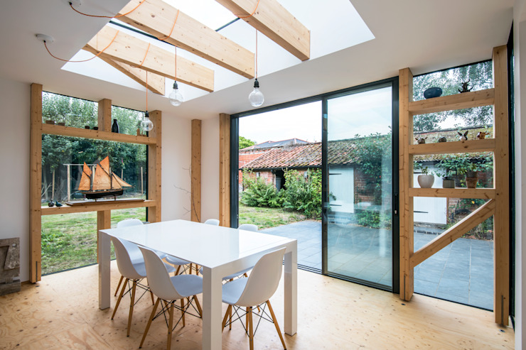 salle à manger Salle à manger moderne par TAS Architects Modern Engineered Wood Transparent