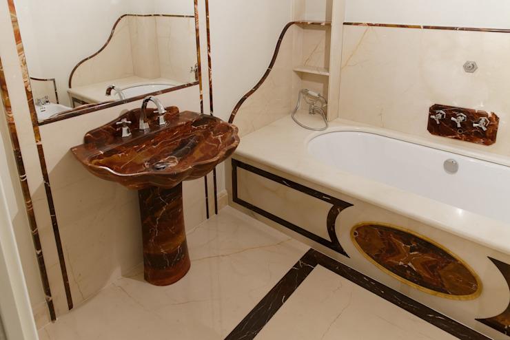 Salle de bains de style classique par CusenzaMarmi Classic