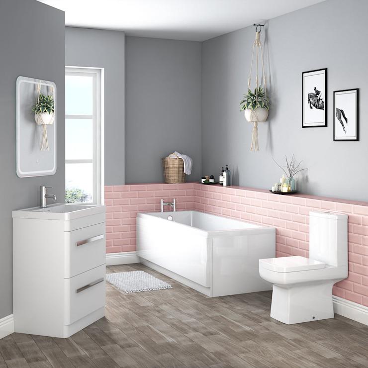 Boston Bathroom Suites Salle de bain de style scandinave par homify Scandinavian Ceramic