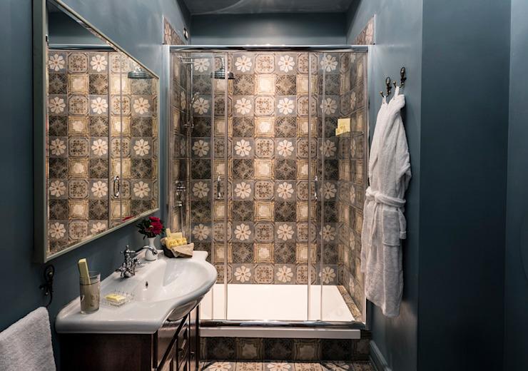 Salle de bains décorative Hôtels modernes par ARTE DELL' ABITARE Modern