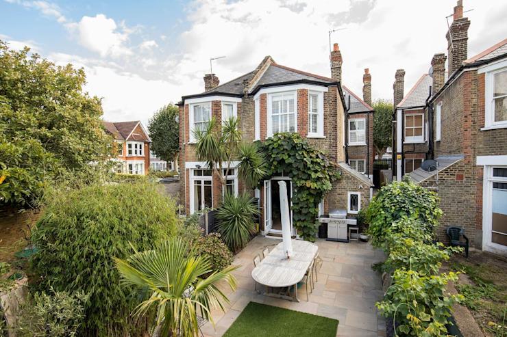 L'extérieur de cette maison londonienne par Resi Architects dans London Modern Bricks