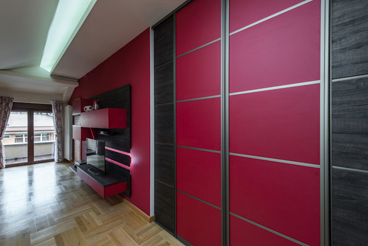 Modern Pink Sliding Door Wardrobes London : modern by Metro Wardrobes London, Modern