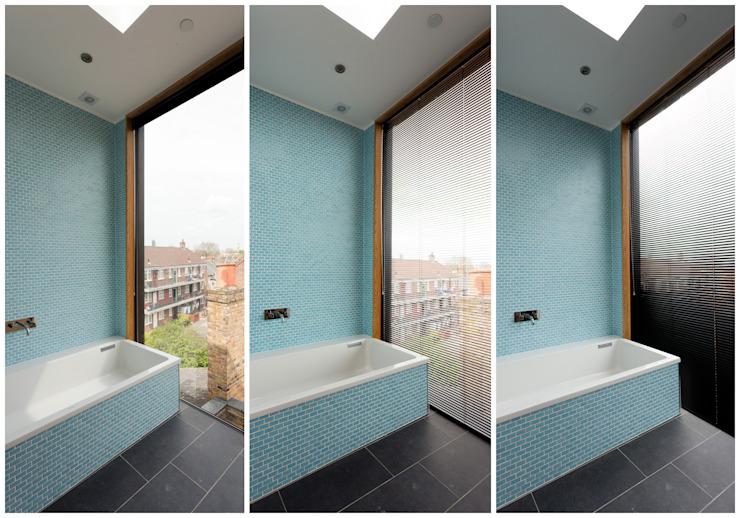 Salle de bains moderne par Twist In Architecture Modern