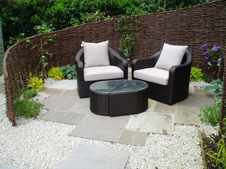 Jardin à faible entretien Jardin de style éclectique par Cherry Mills Garden Design Eclectic