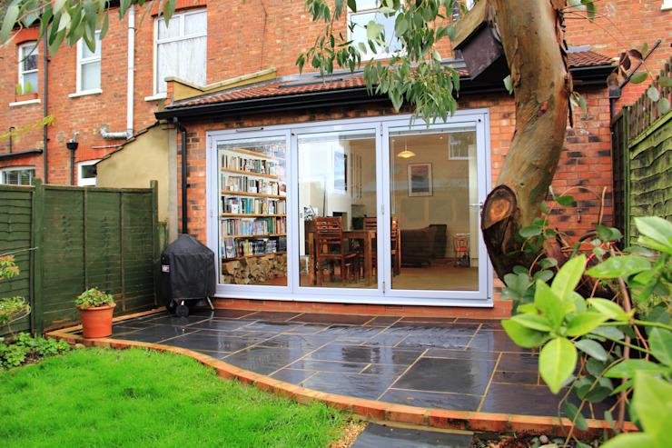 Extension du rez-de-chaussée, jardin de style Drury Rd Classic par London Building Renovation Classic