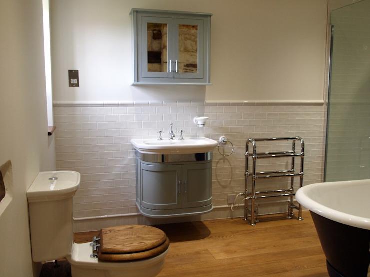 Salle de bain de style classique par homify Classic