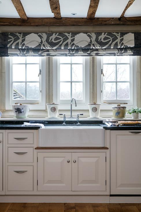 West Sussex Country Kitchen : country par Elizabeth Bee Design d'intérieur, Country