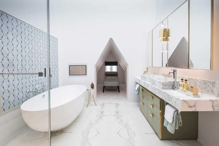 Salle de bains Master Bathroom Classic par Roselind Wilson Design Classic