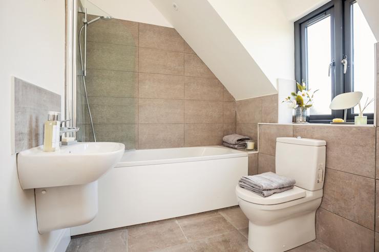 Dry Drayton Show-home Salle de bain de style campagnard par Sara Slade Interiors Country