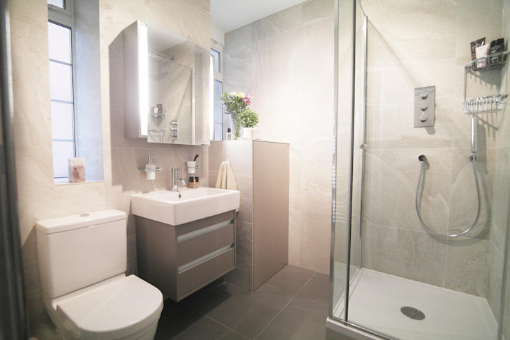 La salle de bains moderne de St John's Wood par Patience Designs Modern