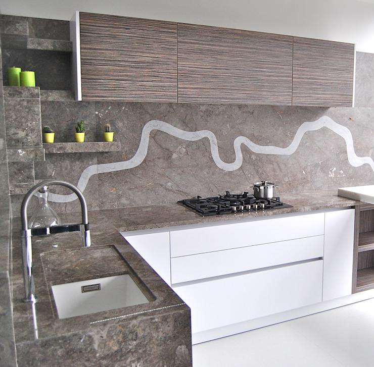 Superbe cuisine Cuisine moderne par Ogle luxe Cuisines et salles de bains modernes en pierre