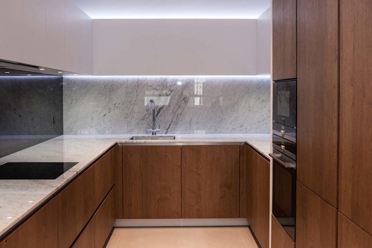 Installation récemment achevée - Design exceptionnel Cuisine minimaliste de PTC Kitchens Minimalist