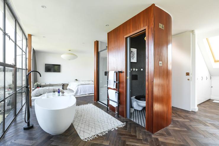 Greenacre Salle de bain de style éclectique par Martins Camisuli Architects Eclectic
