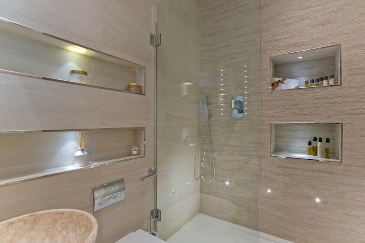 Salle de bains Salle de bains moderne par Temza concevoir et construire moderne