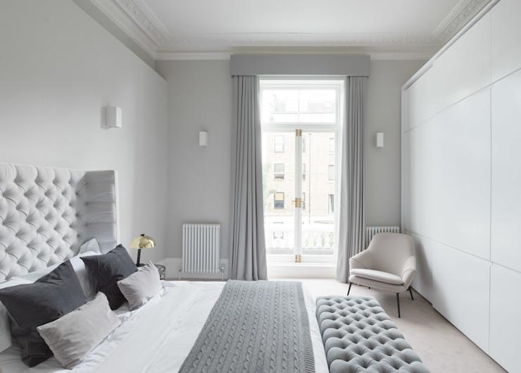 chambre à coucher principale avec warbrobes intégrés Chambre à coucher de style moderne par homify Modern Wood Wood effect