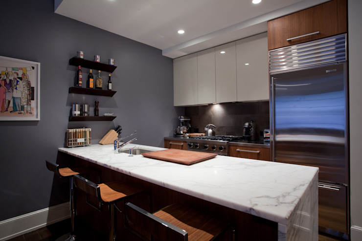 Bachelor Pad Cuisine moderne par JKG Interiors Modern