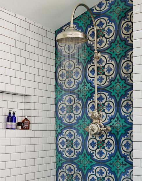 Victorian Terrace House, South-West London Salle de bains de style rustique par Drummonds Bathrooms Rustic