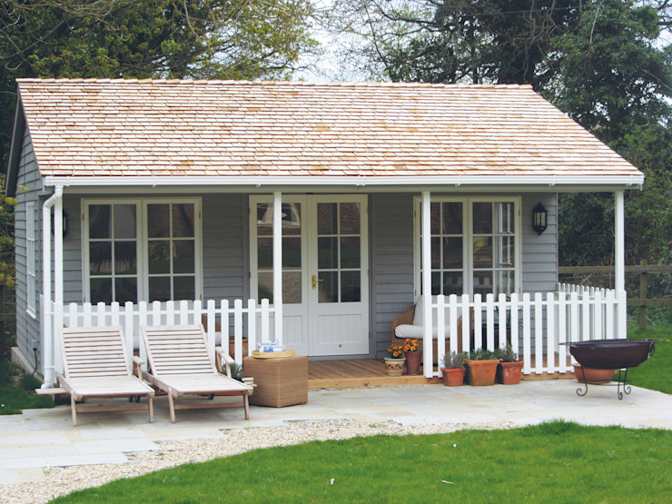 Chambre de jardin avec véranda : classique par CraneGardenBuildings, Classique