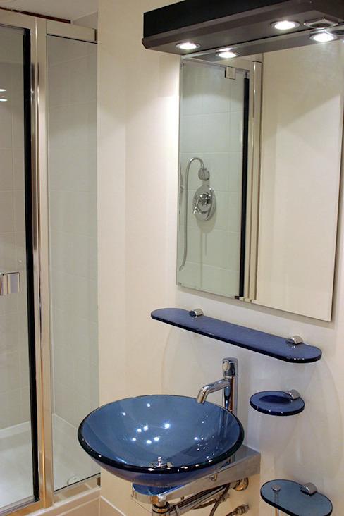Salle de bains historique de l'entrepôt Salle de bains de style classique par 4D Studio Architects and Interior Designers Classic