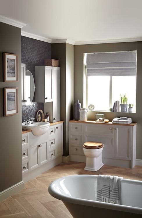 Meubles encastrés Caversham Salle de bains de style classique par Heritage Bathrooms Classic
