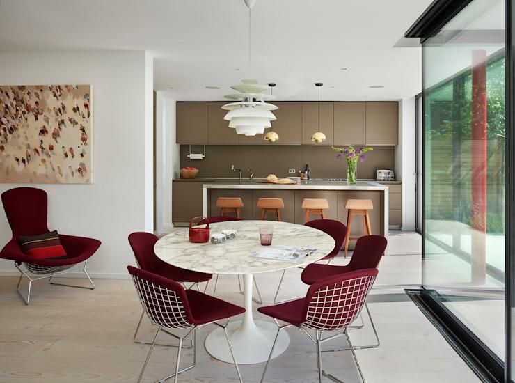 Design classique par Kitchen Architecture Modern